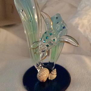 Glass Sea Turtle Statue